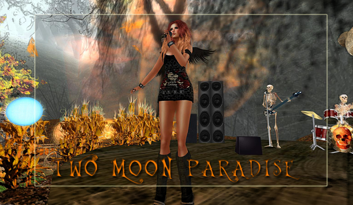 Lovely Lisa Brune plays Two Moon Paradise on Wednesdays and Mondays at 3 PM SLT