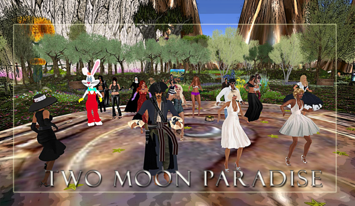 Thursday Themed Contest Night at Two Moon Paradise